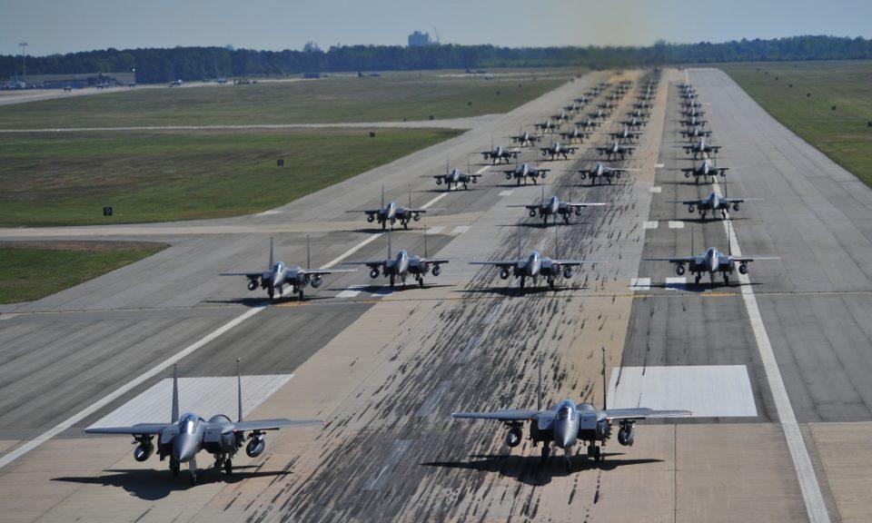 نیروی هوایی فقرا