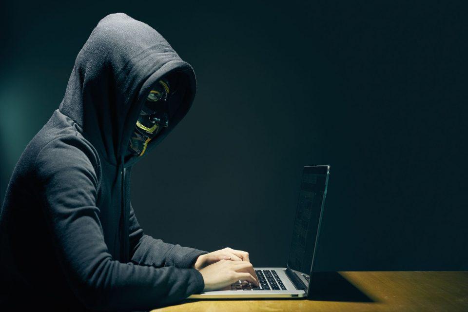 چگونه یک هکر را کشف کنیم؟